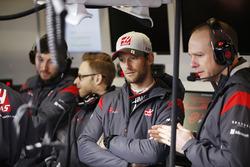 Romain Grosjean, Haas F1 Team with team colleagues