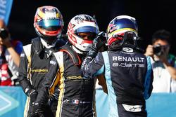 Sébastien Buemi, Renault e.Dams, discusses the race with Stéphane Sarrazin, Techeetah, in Parc Ferme