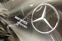 Mercedes W07 Hybrid di Nico Rosberg, Mercedes AMG F1