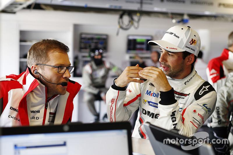 Andreas Seidl, Porsche Team, Teamchef; Neel Jani, Porsche Team