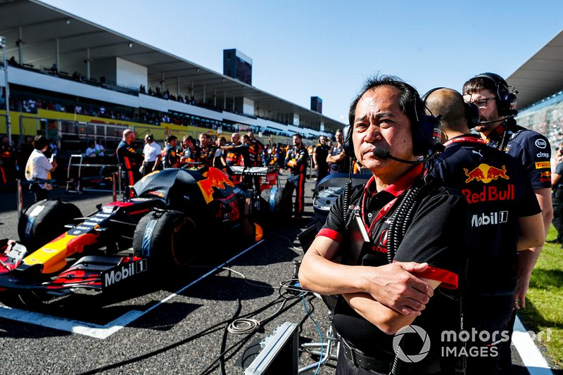 Toyoharu Tanabe, F1 Technical Director, Honda on the grid