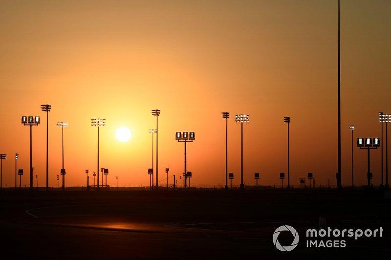 Сонце над Лосейл