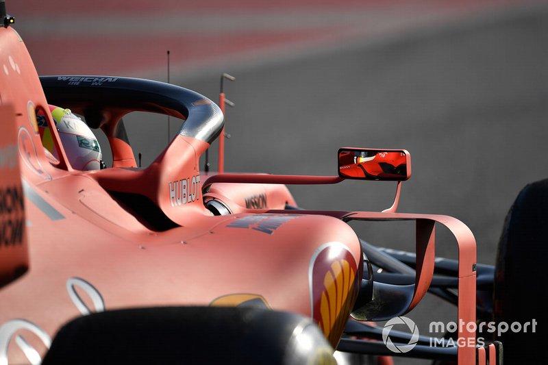 Sebastian Vettel, Ferrari SF90 mirror reflection