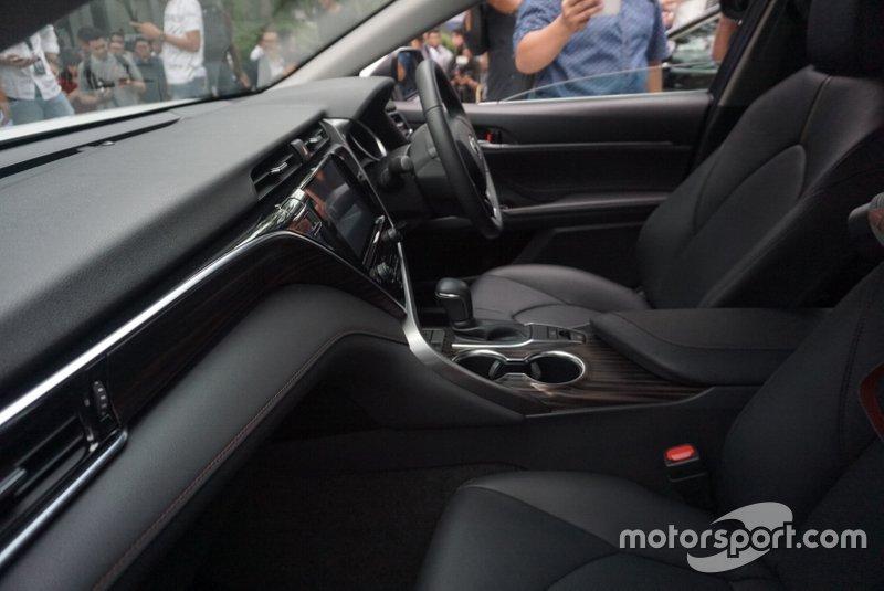 Interior Toyota All New Camry