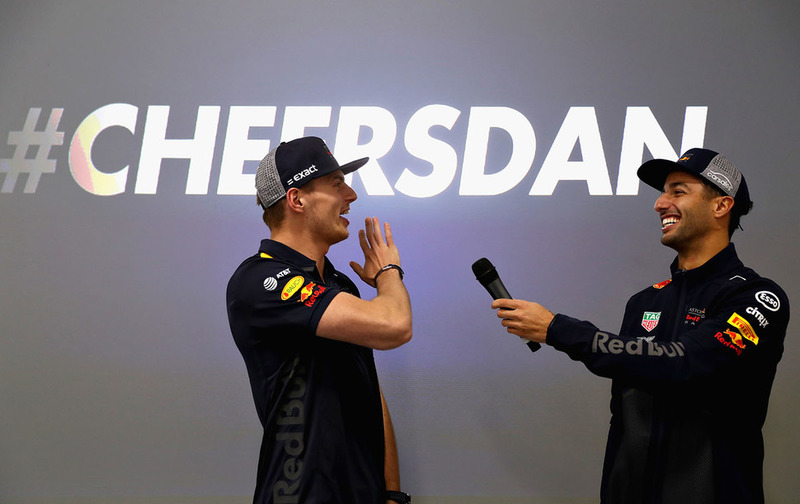 Max Verstappen, Red Bull Racing and Daniel Ricciardo, Red Bull Racing talk to the Red Bull Racing team