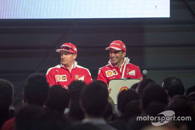 Kimi Raikkonen, Ferrari y Marc Gene, Piloto de prueba, Scuderia Ferrari en el Shell Eco-marathon cars