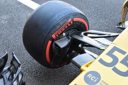 Передняя подвеска Renault Sport F1 Team RS17