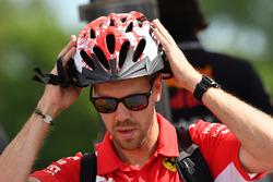 Sebastian Vettel, Ferrari and cycle helmet