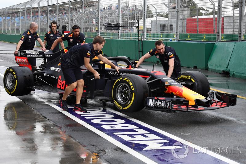 5º Red Bull Racing (2:15)