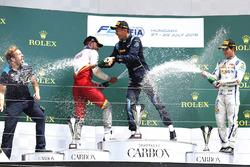 Podium: race winner Alexander Albon, DAMS, second place Luca Ghiotto, Campos Racing, third place And Sergio Sette Camara, Carlin