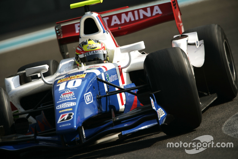 Rio Haryanto, iSport International