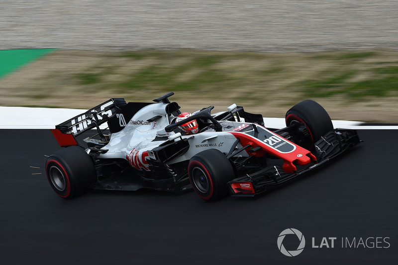 6º Kevin Magnussen, Haas F1 Team VF-18: 1:18.360 (Superblandos)
