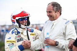 Harald Grohs, BMW 3.0 CSL y Gerhard Berger, Porsche 935