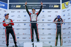 Podium: ganador, Hugo De Sadeleer, Tech 1 Racing, segundos, Dorian Boccolacci, Tech 1 Racing, tercer