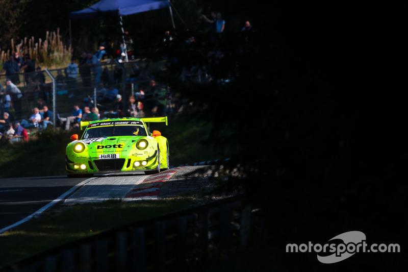 #8: Manthey-Porsche auf der Nürburgring-Nordschleife