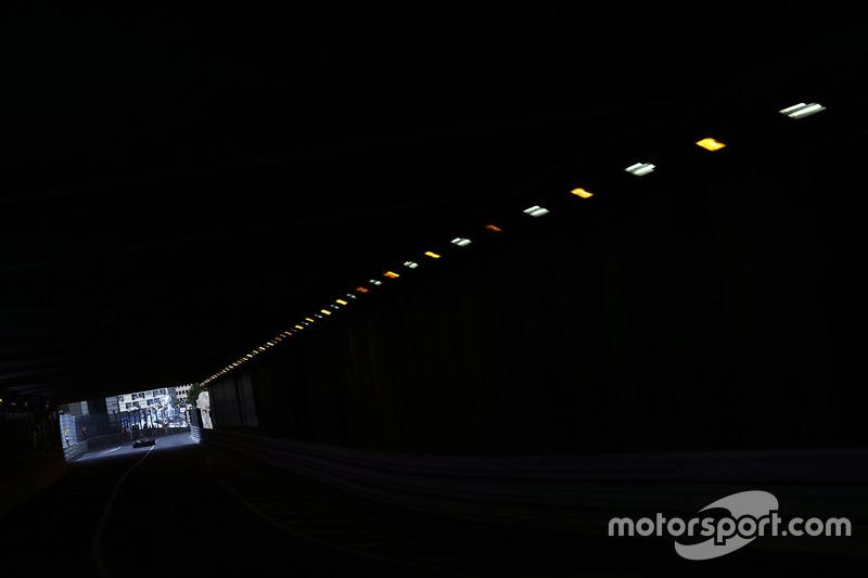 Monte Carlo: Tunnel unter dem Grand Hotel