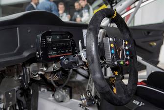 Cupra Leon TCR SEQ, dettaglio del volante