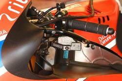 Jorge Lorenzo, Ducati Team finger operated rear brake lever