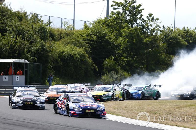 Рестарт після машини безпеки, Маттіас Екстрьом Audi Sport Team Abt Sportsline, Audi A5 DTM, лідирує