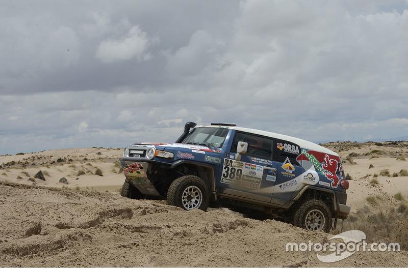 #389 Toyota: Orlando Careaga, Enzo Cordano