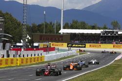 Romain Grosjean, Haas F1 Team VF-17, Fernando Alonso, McLaren MCL32, Pascal Wehrlein, Sauber C36-Ferrari, Lance Stroll, Williams FW40