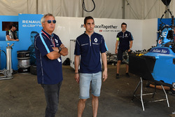 Jean Paul Driot and Sébastien Buemi, Renault e.Dams, in the garage