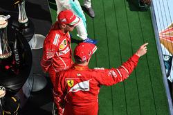 Podyum: Yarış galibi Sebastian Vettel, Ferrari, 2. Kimi Raikkonen, Ferrari