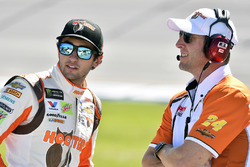 Chase Elliott, Hendrick Motorsports Chevrolet with crew chief Alan Gustafson