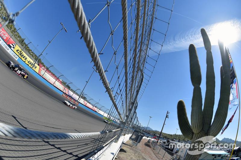 Erik Jones, Joe Gibbs Racing, Toyota y Ryan Blaney, Team Penske Ford