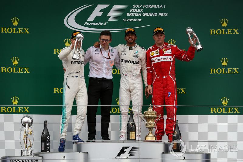 Льюіс Хемілтон, Mercedes AMG F1, Валттері Боттас, Mercedes AMG F1, Кімі Райкконен, Ferrari, гоночний