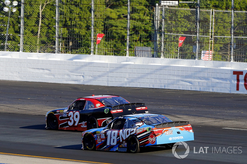 Ryan Sieg, RSS Racing Chevrolet and Kyle Busch, Joe Gibbs Racing Toyota