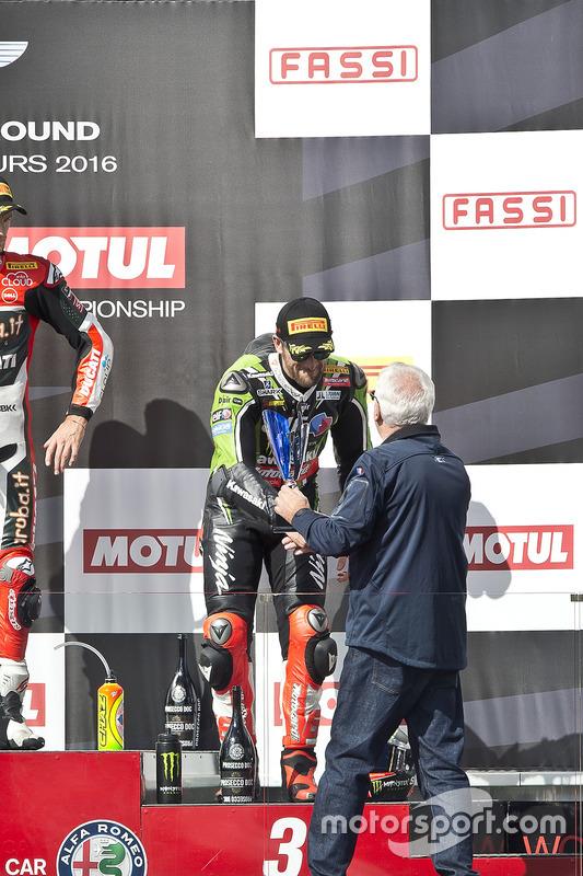 Podium: 3. Tom Sykes, Kawasaki Racing