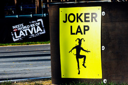 Joker Lap