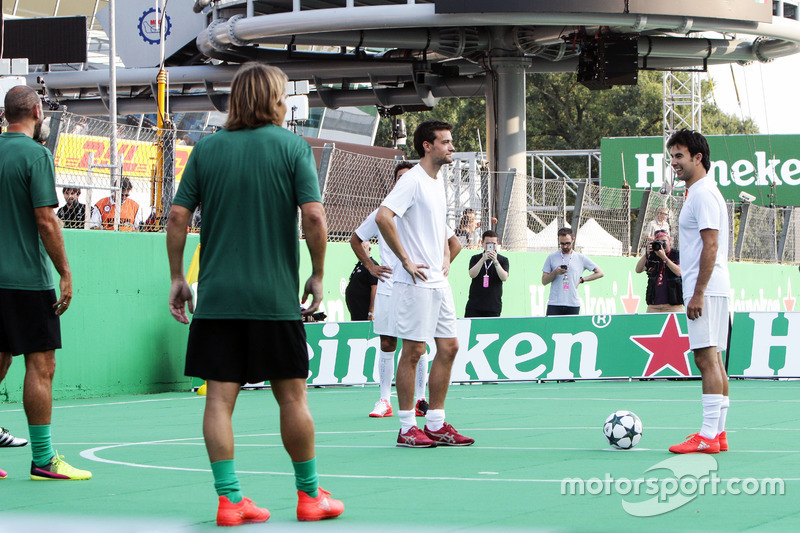 Jolyon Palmer, Renault Sport F1 Team and Sergio Perez, Sahara Force India F1 at the charity 5-a-side