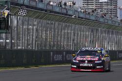 Переможець - Шейн ван Гісберген, Triple Eight Race Engineering Holden