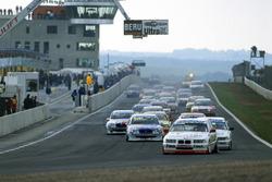 Start zum Rennen, Johnny Cecotto, Team Schnitzer, BMW 320i, führt