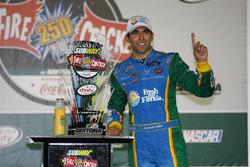 Pemenang lomba Aric Almirola, Ford