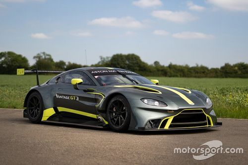 Presentazione Aston Martin Vantage GT3