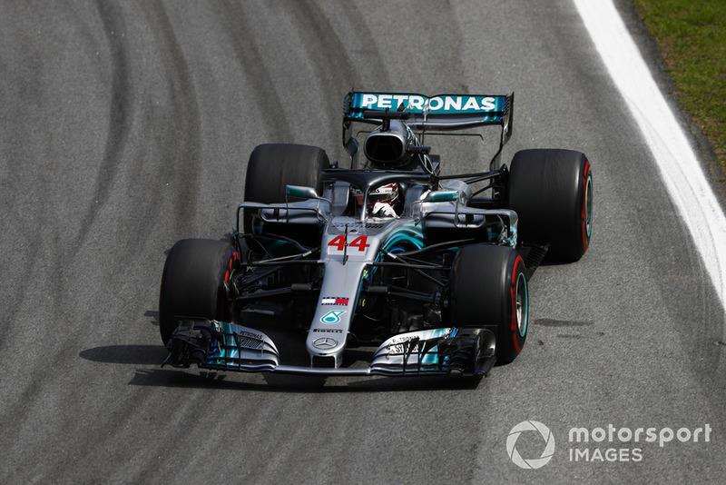 Хемілтон і Mercedes святкують п'ятий Кубок конструкторів