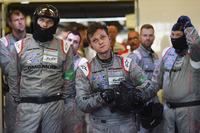 Porsche-Teammitglieder, bei Ausfall des #1 Autos