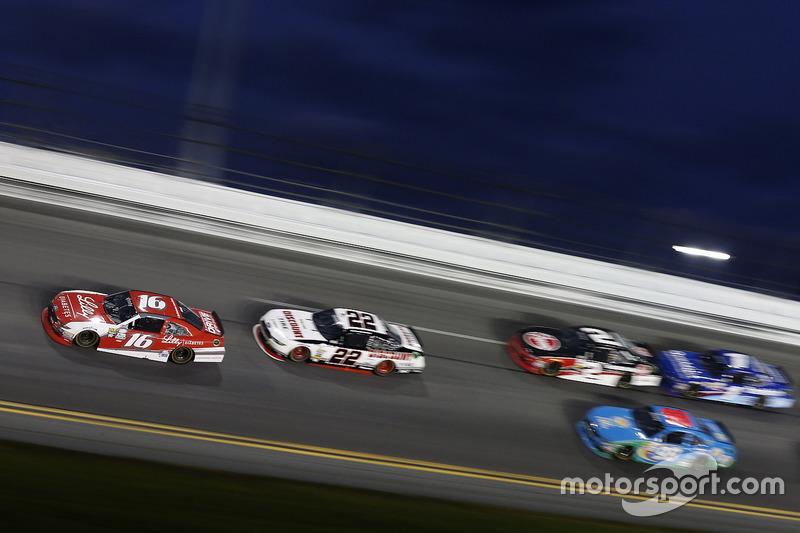 Ryan Reed, Roush Fenway Racing, Ford; Brad Keselowski, Team Penske, Ford