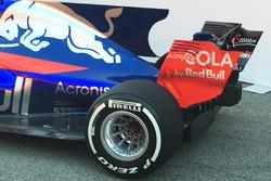Toro Rosso STR12 detail van de achterkant