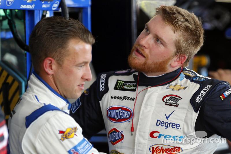 A.J. Allmendinger, JTG Daugherty Racing, Chevrolet; Chris Buescher, JTG Daugherty Racing, Chevrolet