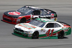 Ty Dillon, Richard Childress Racing Chevrolet, Kevin Harvick, Stewart-Haas Racing Ford