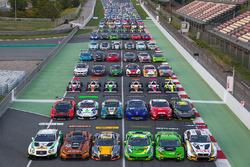 Foto di gruppo delle vetture