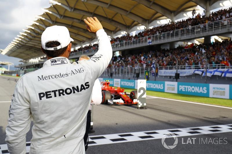 La 70, en Malasia tras el problema de motor de Vettel