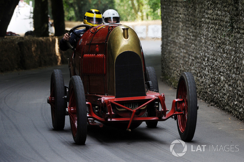 FIAT S76