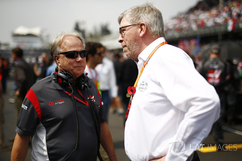 Gene Haas, Team Owner, Haas F1 Team, with Ross Brawn, Managing Director of Motorsports, FOM