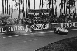 Chrash of Alfonso de Portago, Duncan Hamilton, Ferrari 625 LM