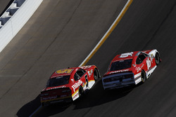 Michael Annett, JR Motorsports Chevrolet, Ryan Reed, Roush Fenway Racing Ford